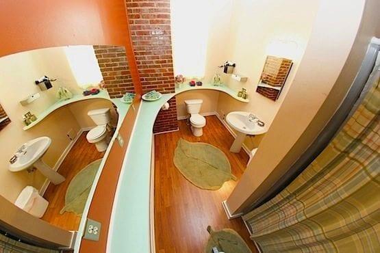 Full Bath1